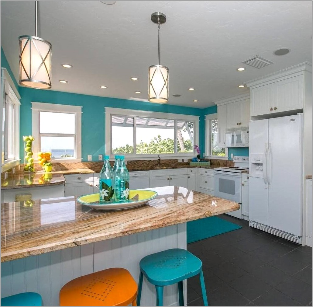 Coastal Style Kitchen Decor