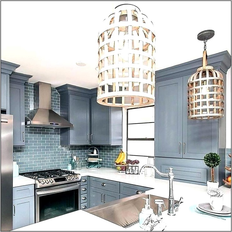 Contemporary Decorating Ideas Above Kitchen Cabinets