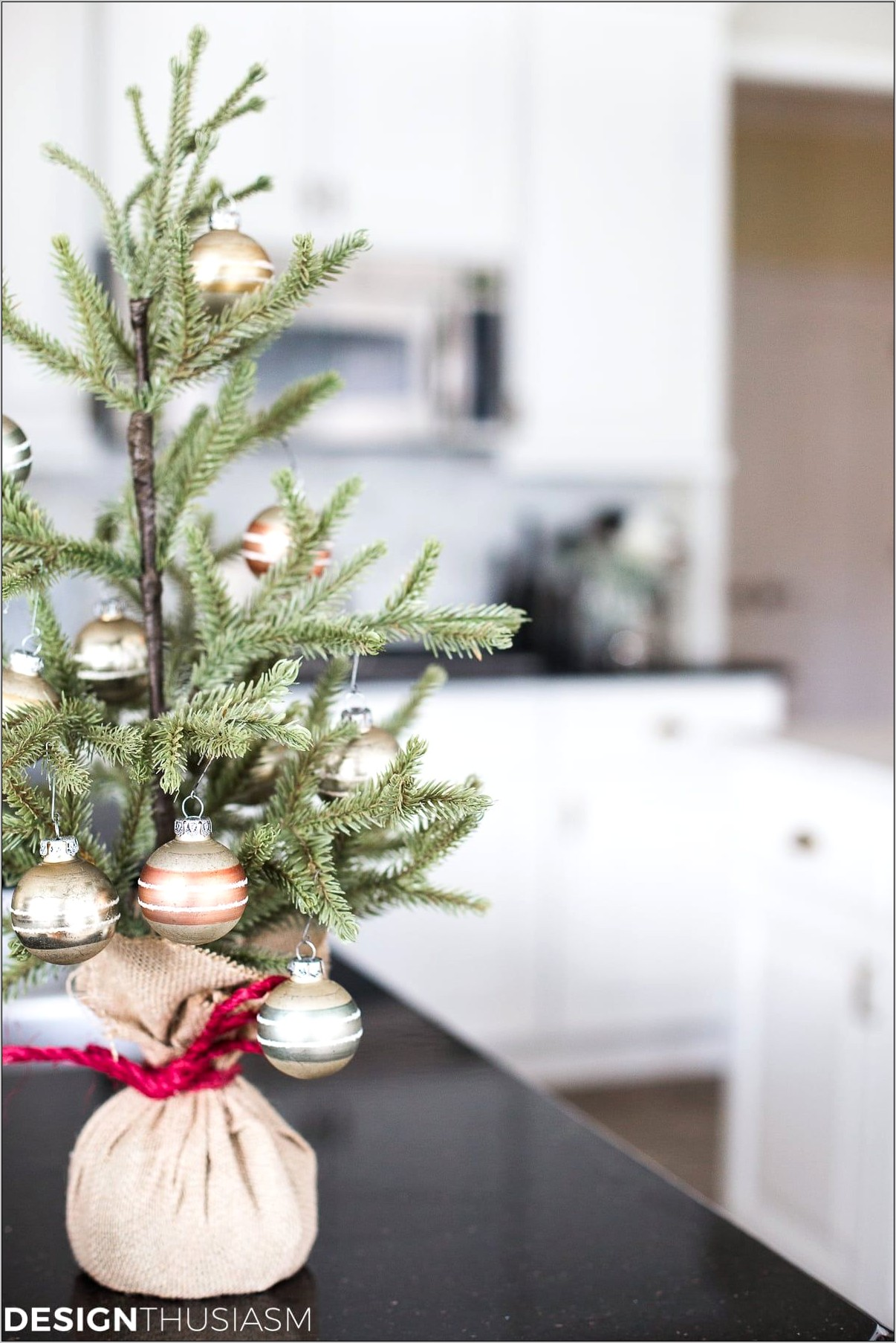 Country Christmas Kitchen Decor