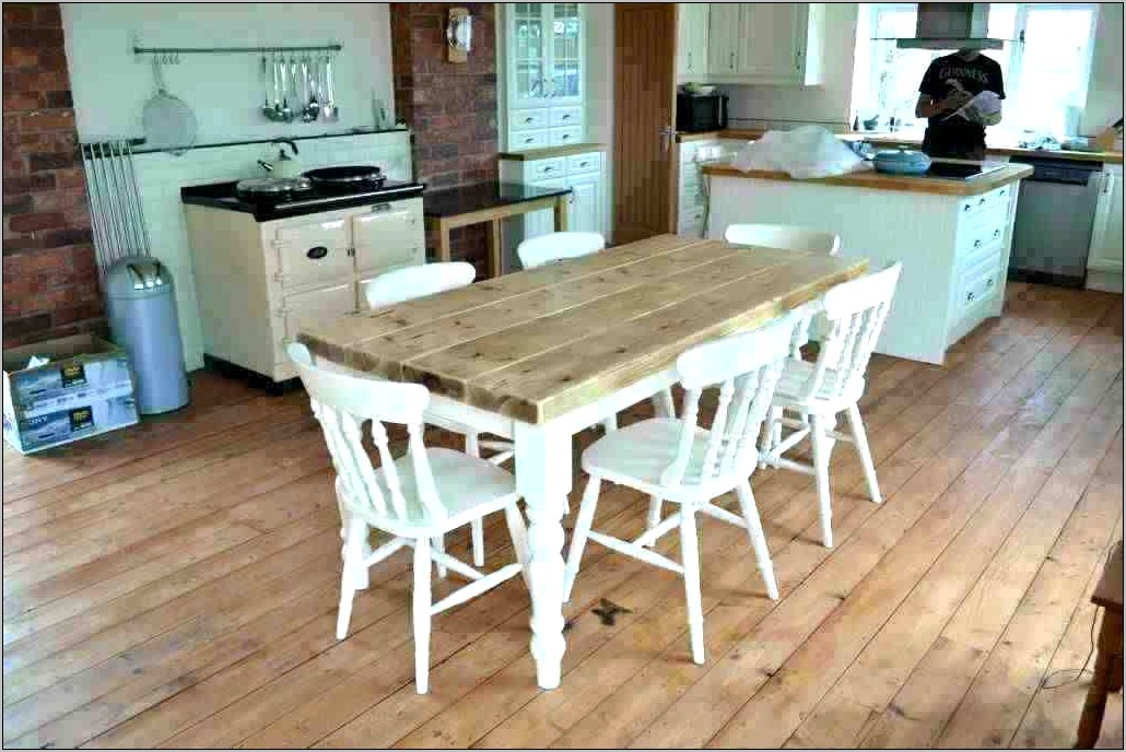 Country Kitchen Table Decor