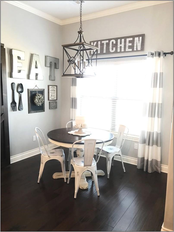 Cute Farm Kitchen Table Decor