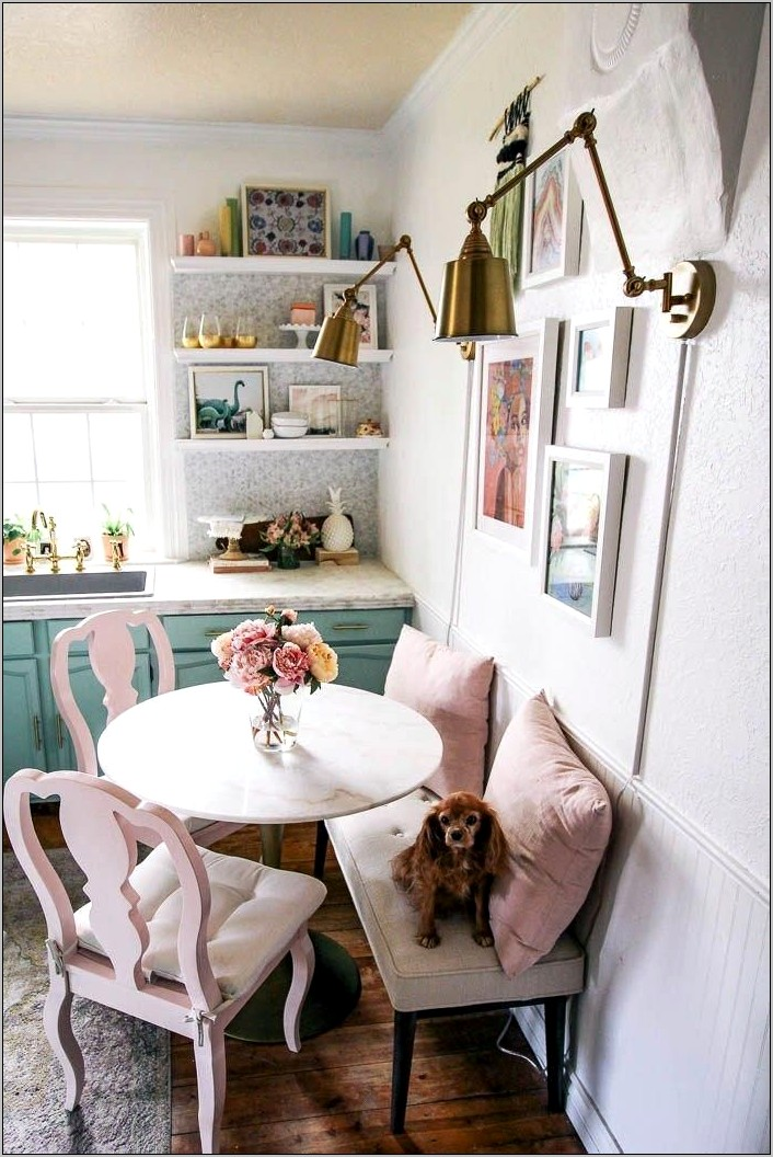 Cute Kitchen Table Decor