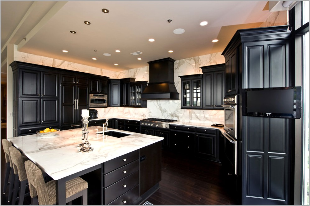Dark Kitchen Cabinets Decor Ideas