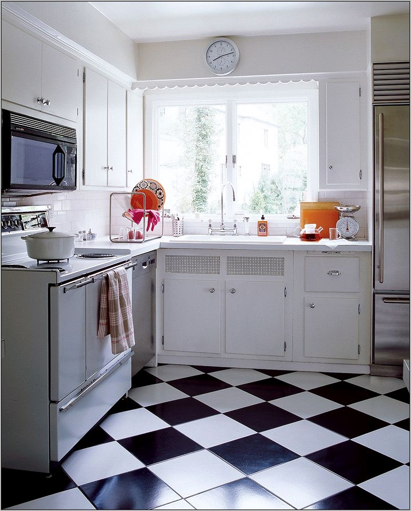 Decor Black And White Checkered Kitchen Floor