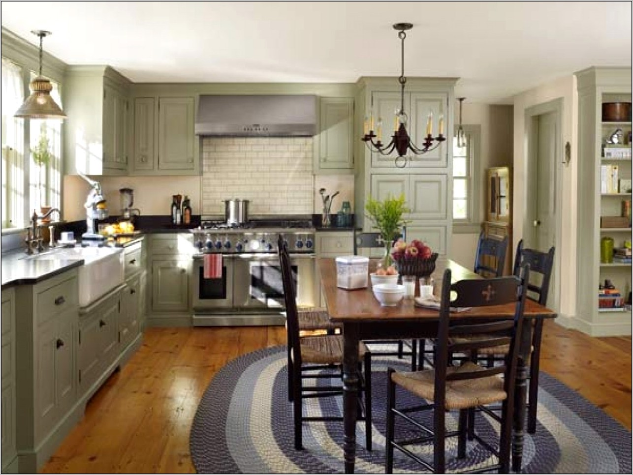 Decor For Older Kitchens