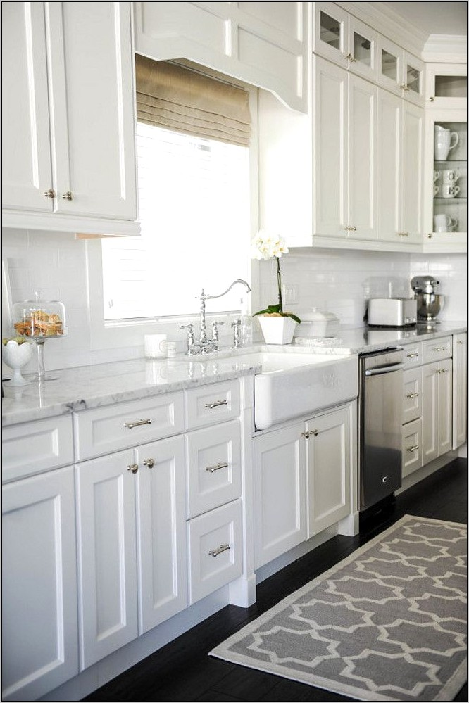 Decor For White Kitchen Cabinets