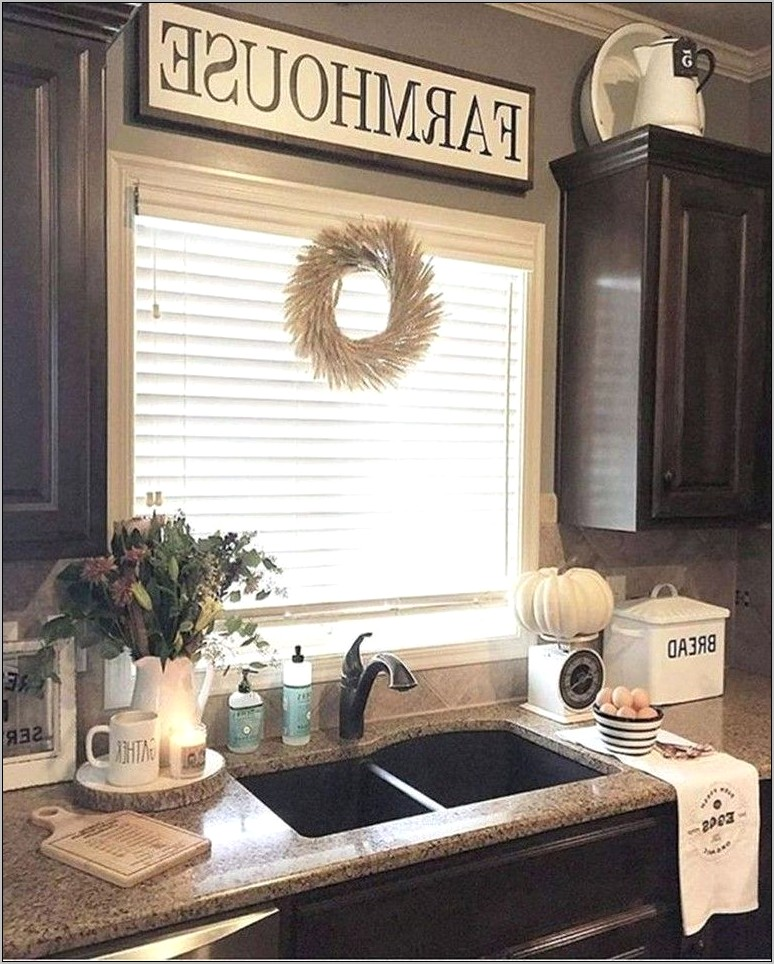 Decor Steals Farmhouse Kitchen Sign
