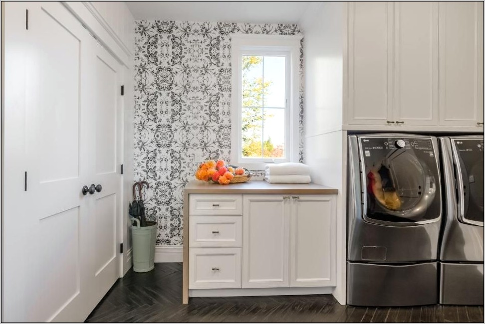 Decorate A Large Kitchen Wall