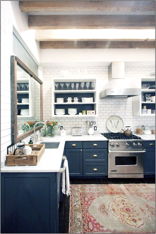Decorating A Kitchen With White Weathered Cabinets