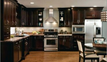 Decorating Around Oak Kitchen Cabinets