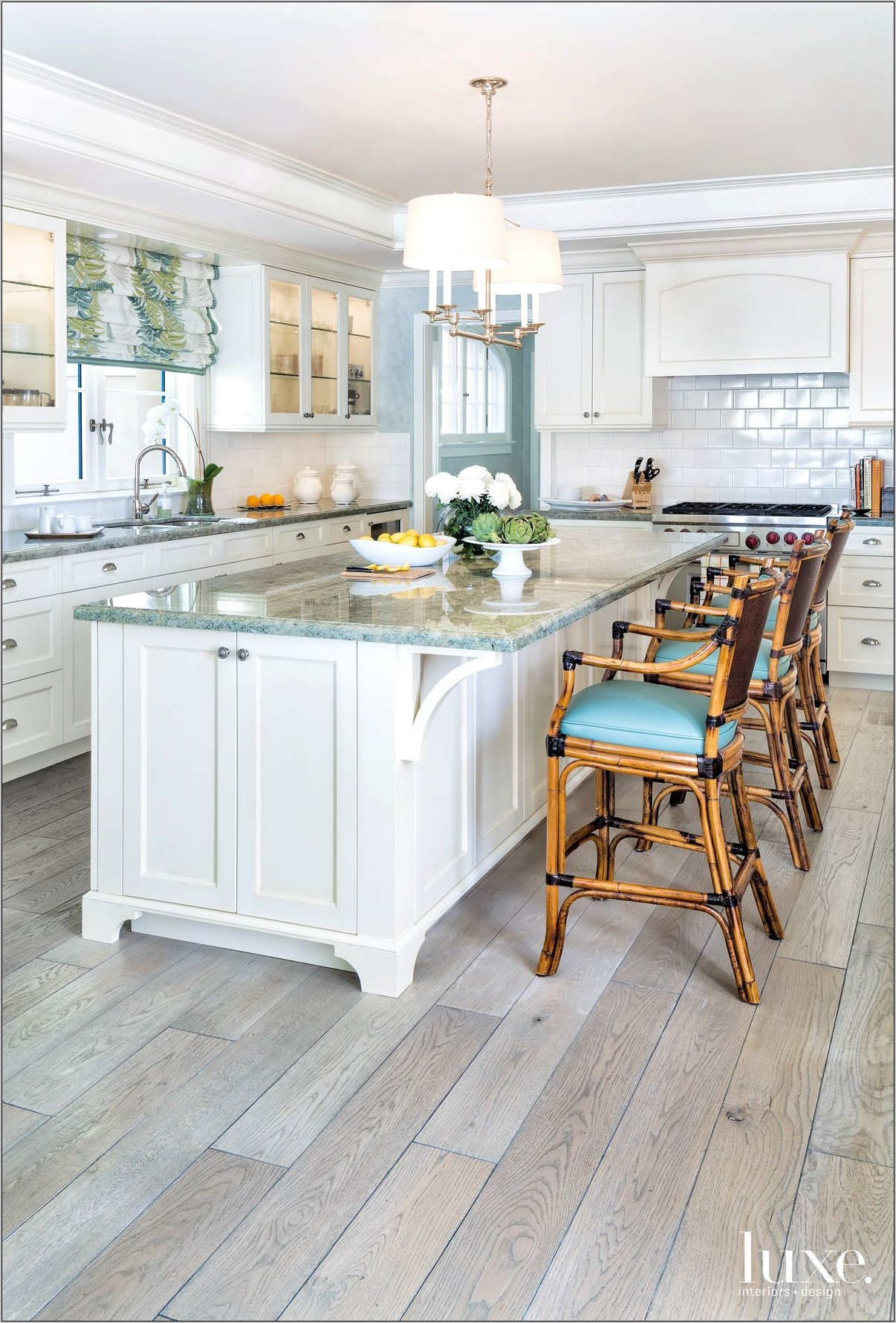 Decorating Beachy Kitchen Counters