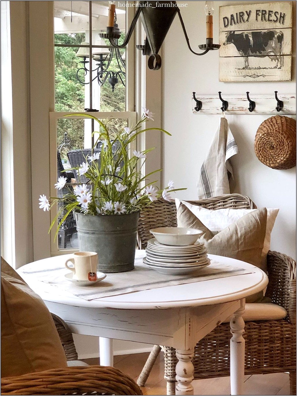Decorating Ideas For Kitchen Sunroom