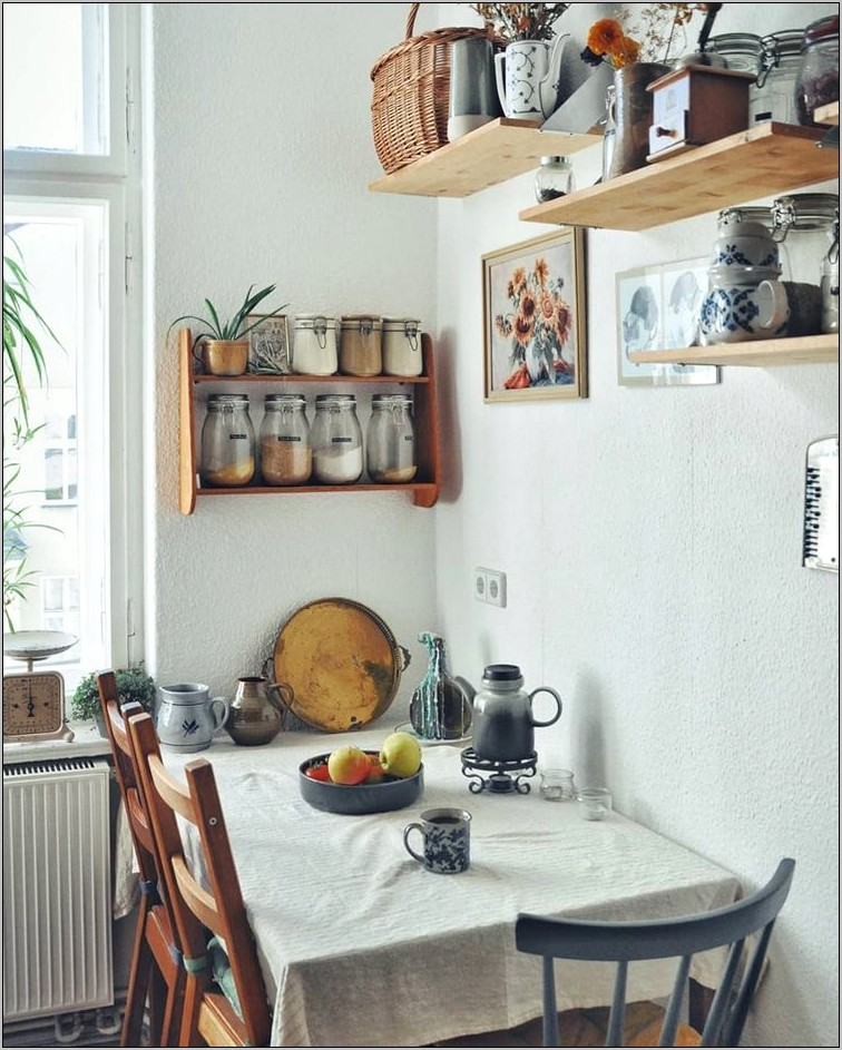Decorating Ideas For Kitchen Walls
