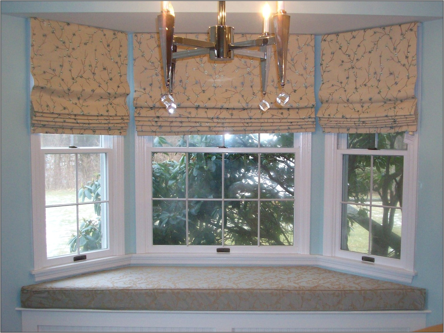 Decorating Ideas For Kitchen Window Treatments