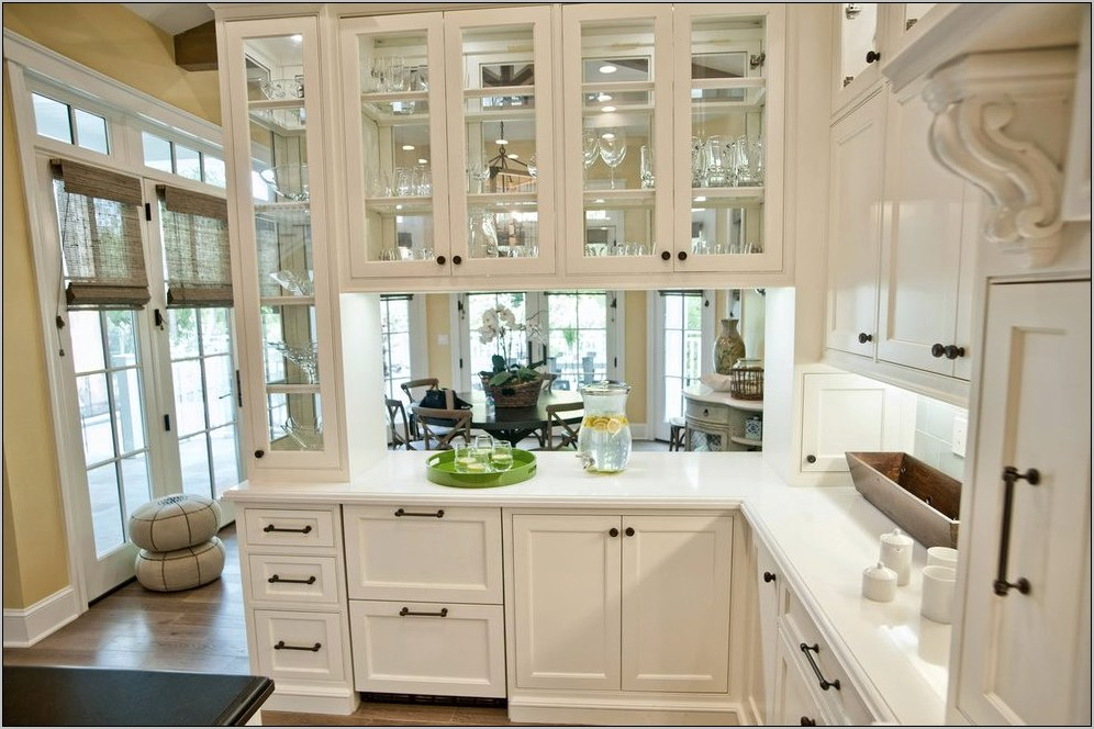 Decorating Kitchen Cabinets With Glass Doors