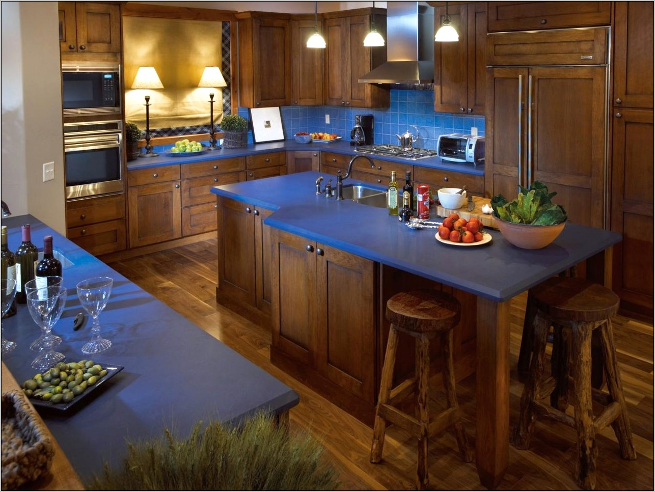 Decorating Kitchen With Blue Countertops