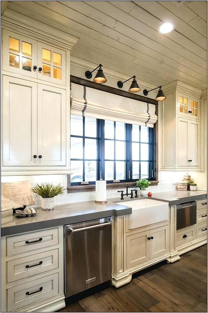 Decorating Kitchens With High Ceilings