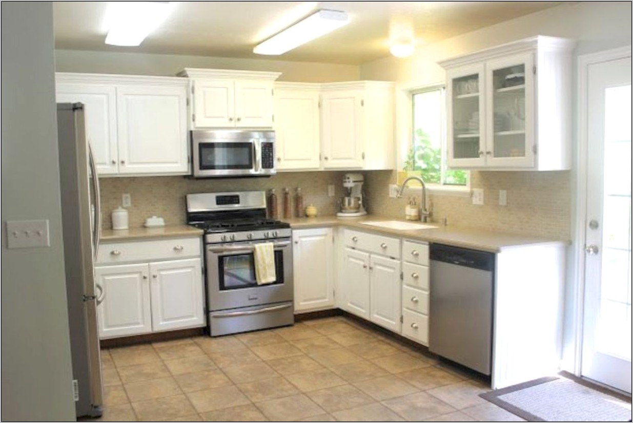 Decorating Small Kitchen Under Stairs