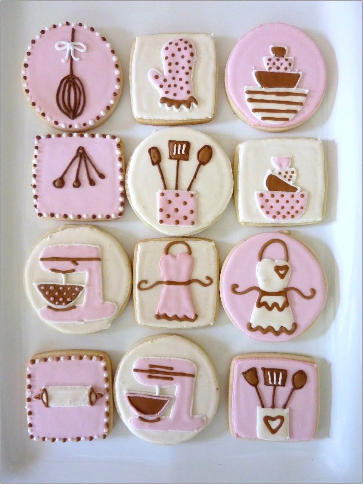 Decorating Sugar Cookies With Kitchen Items