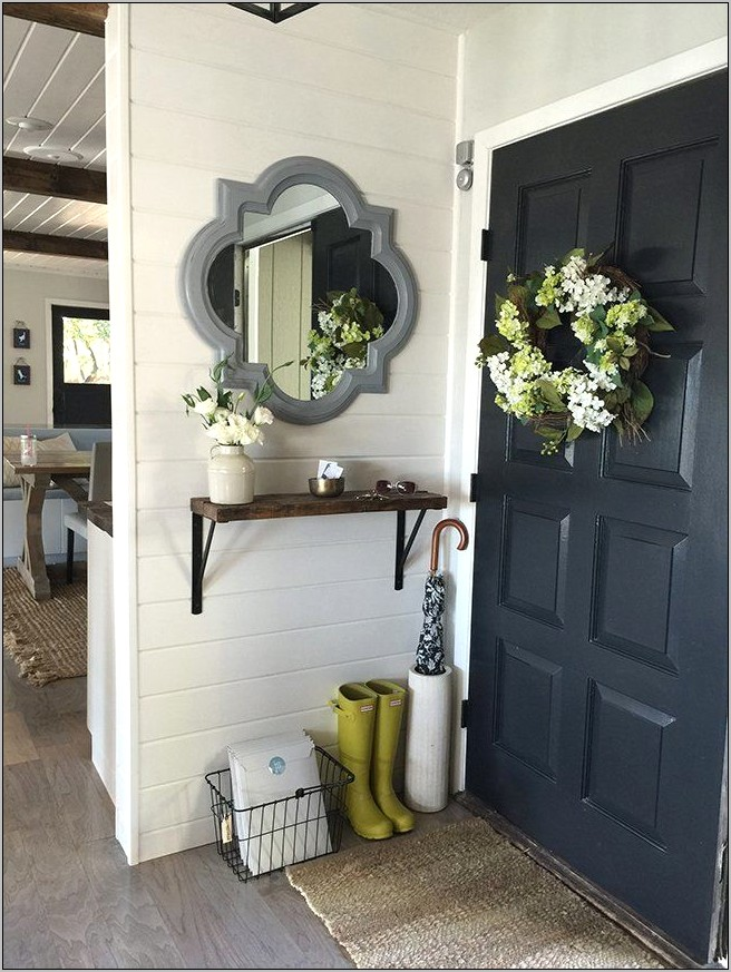 Decorating Tips Front Door Opens To Kitchen