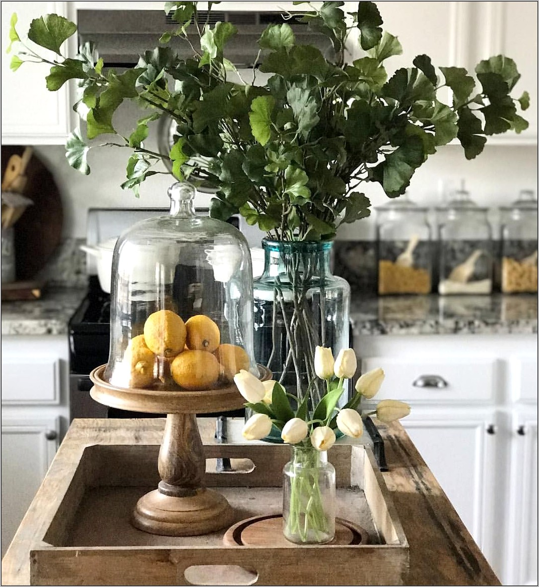 Decorating Vignettes In Kitchens