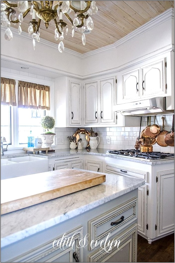 Decorating With Copper In Kitchen