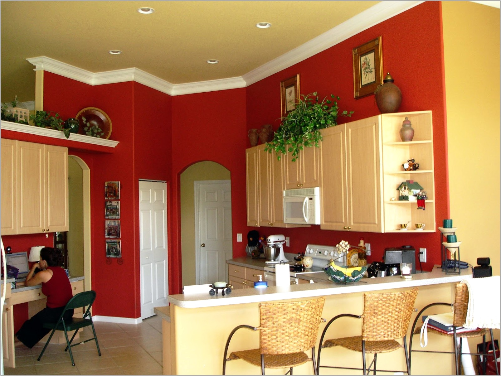 Decorating With Red Walls In The Kitchen