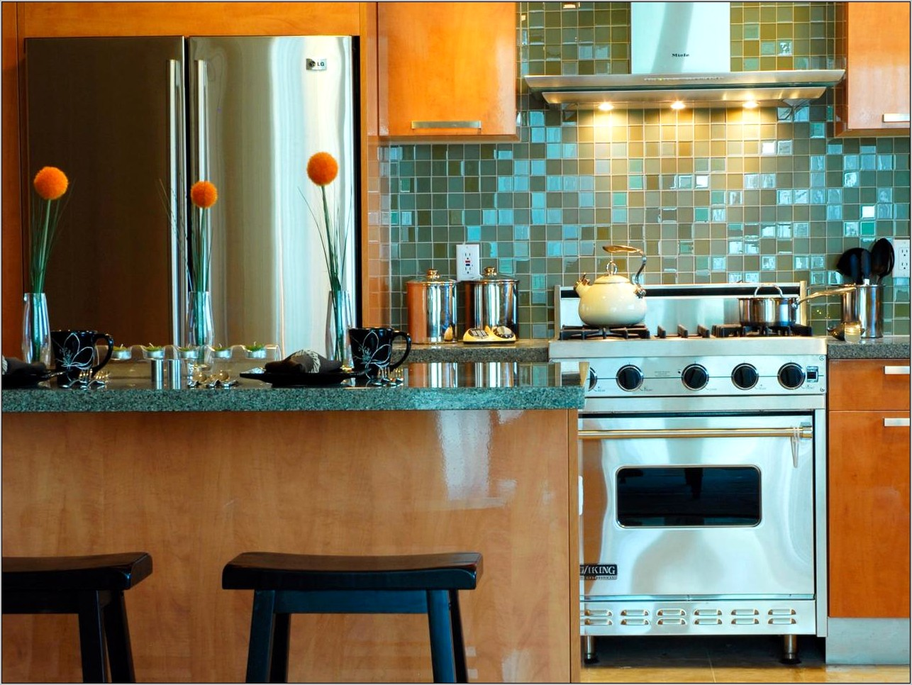 Decorating With Tile In The Kitchen