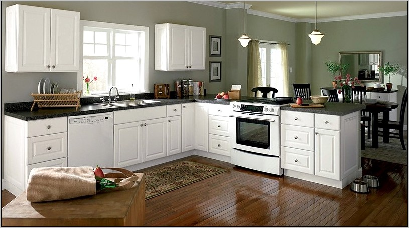 Decorating With White Cabinets In Kitchen
