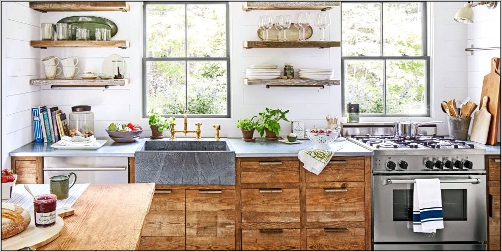 Decorating Your Kitchen Country Style