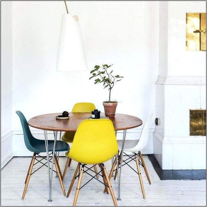 Decorating Your Small Kitchen Table For Two
