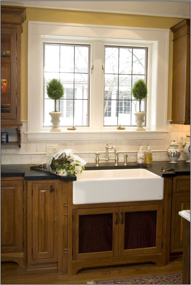 Decoration Ideas For Kitchen Windows