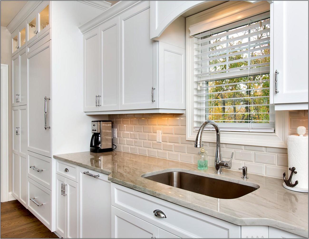 Decorative Arch Above Kitchen Sink