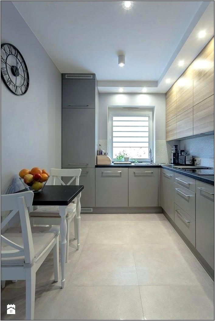 Decorative Open Soffit Kitchen Cabinets
