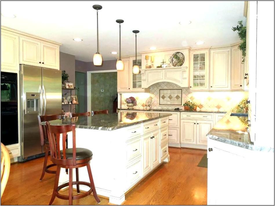 Decorative Posts In Kitchen