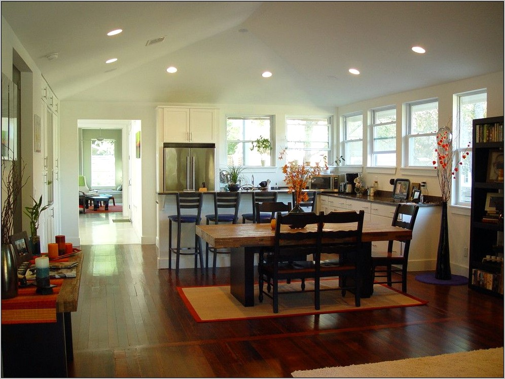 Decoratoring Ideas For Vaulted Ceilings In Kitchen