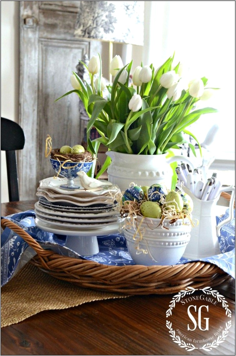 Easter Kitchen Table Decor