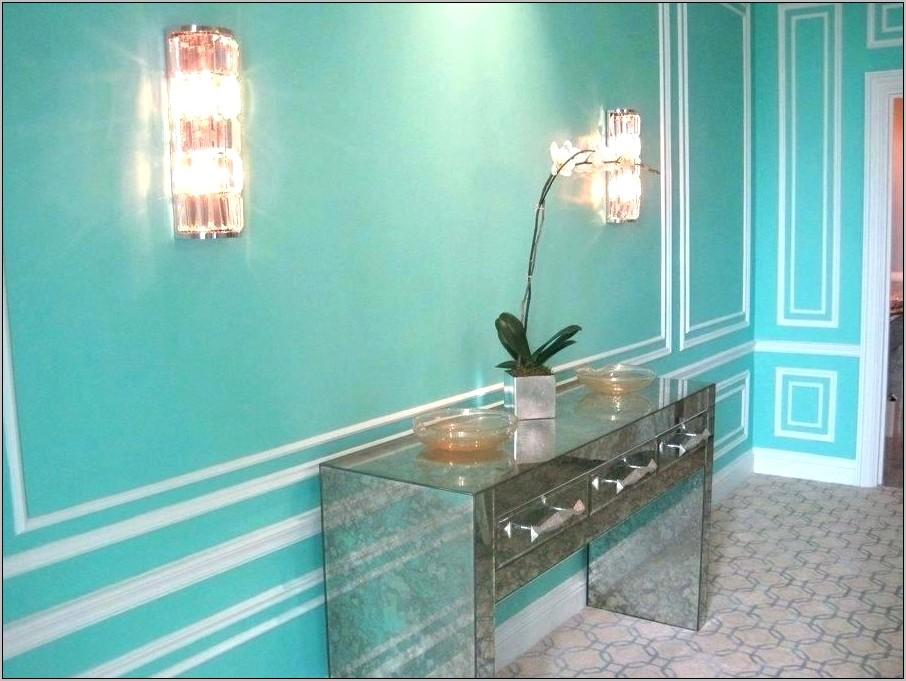 Elegant Turquoise Kitchen Wall Decor