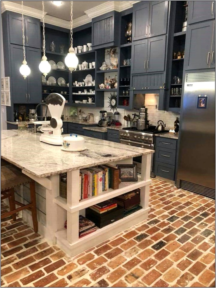 End Kitchen Island Decor