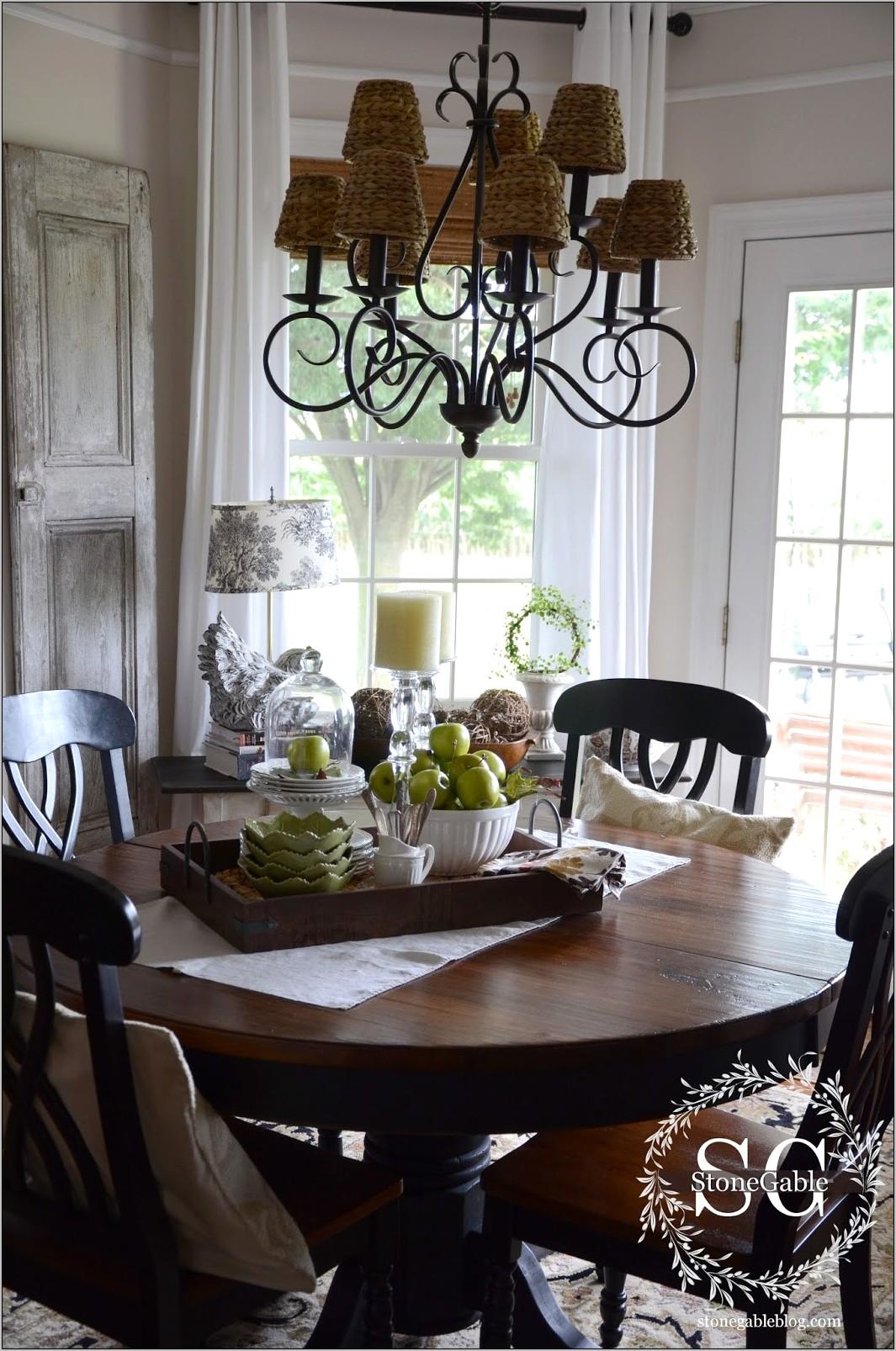 Everyday Kitchen Table Decor Ideas