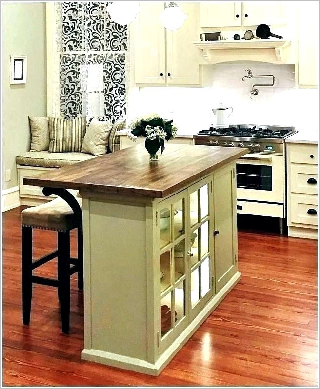 Fall Kitchen Island Decor