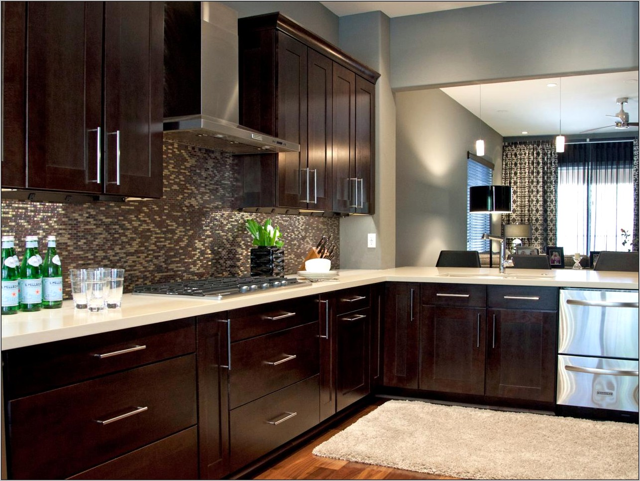 Family Kitchen Brown Cabinets Decorating Ideas