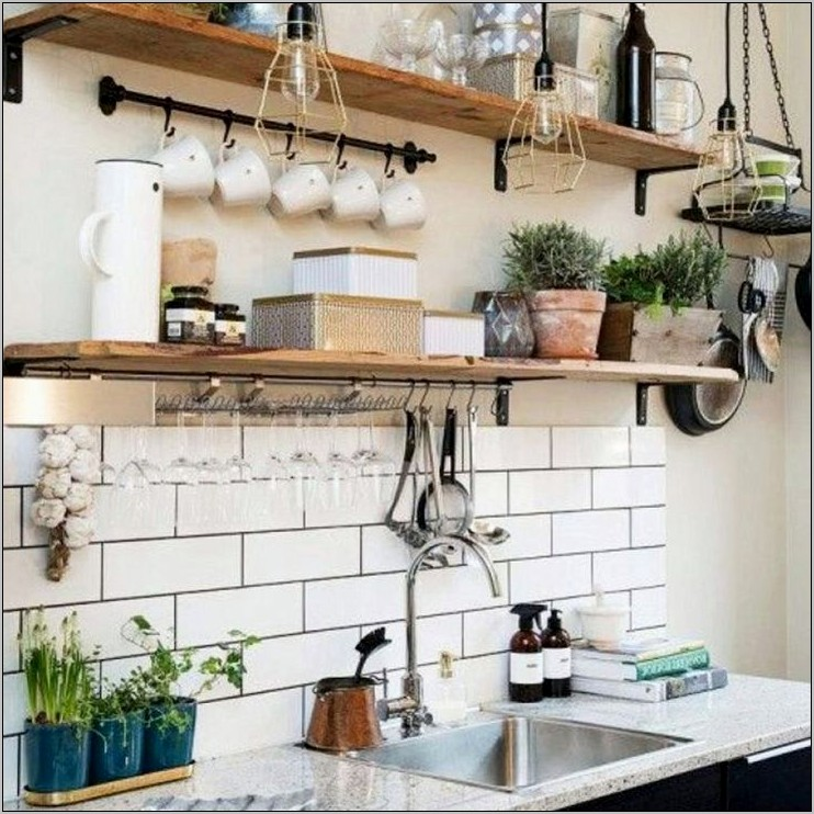 Farm Style Kitchen Decor