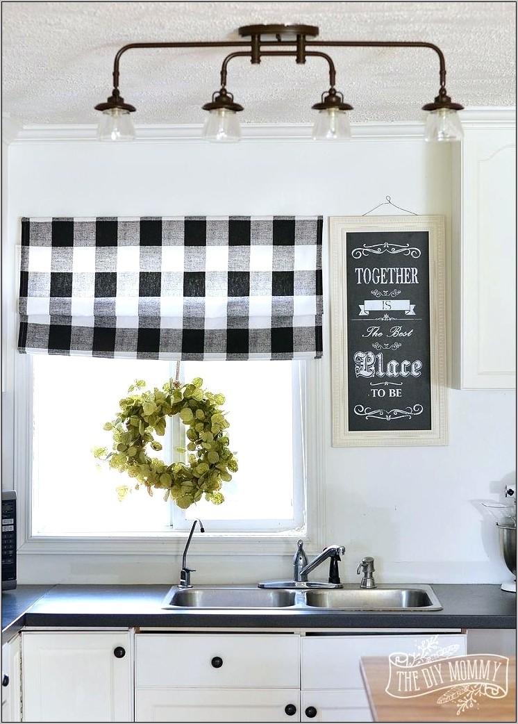 Farmhouse Black And White Kitchen Decor