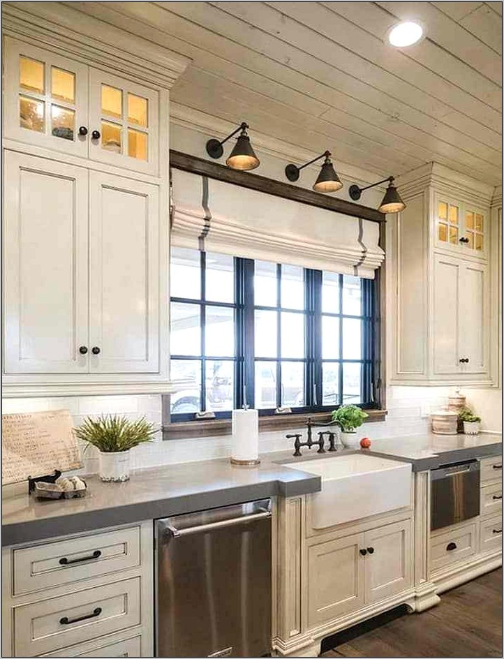Farmhouse Decor For Kitchens