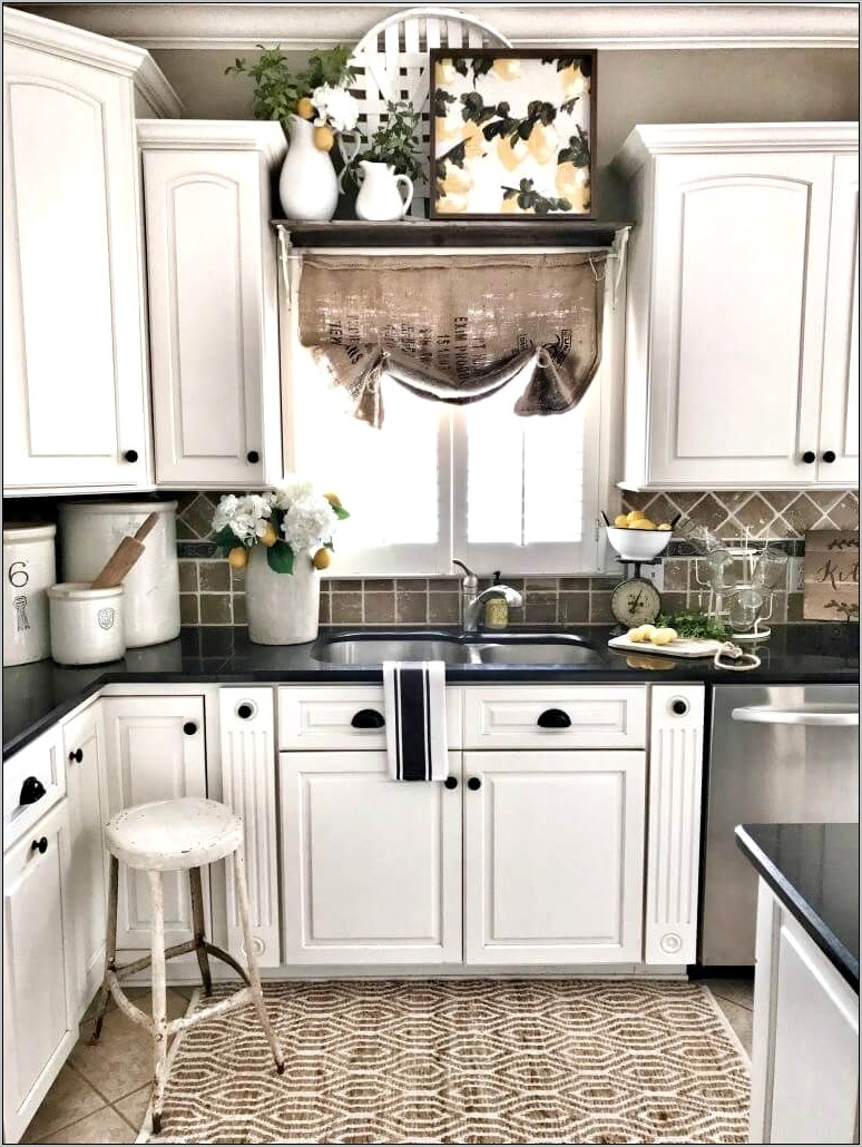 Farmhouse Decor For Small Kitchen