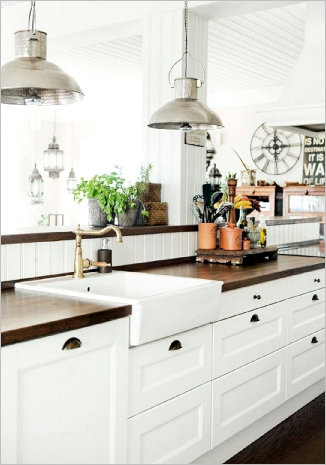 Farmhouse Kitchen Counter Decor Ideas