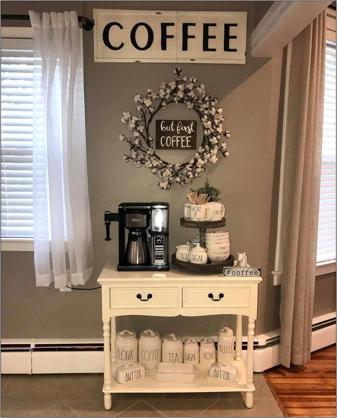 Farmhouse Kitchen Decor Ideas For Coffee Area