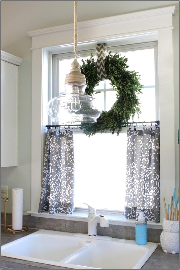 Farmhouse Kitchen Window Decor
