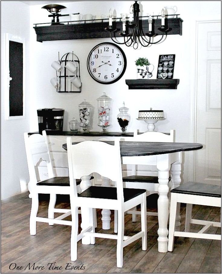Farmhouse Style Kitchen Table Decor